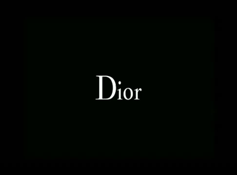 Robert Pattinson w zmysłowym spocie Dior Homme