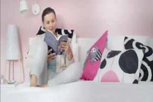 IKEA reklamuje rodzinne meble do sypialni