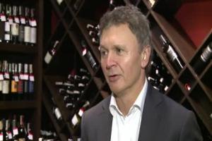 Rośnie sprzedaż wina w Polsce. Polacy piją dwa razy więcej niż 8 lat temu