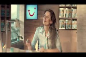"""""""Beztroskie wakacje"""" - reklama oferty Lato 2014 w TUI"""