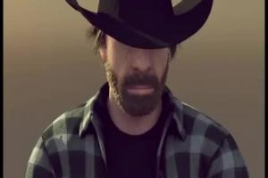 Chuck Norris w bożonarodzeniowej przeróbce spotu Volvo z Van Damme'em