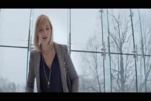 Agata Kulesza z sukienką - reklama ING Banku Śląskiego