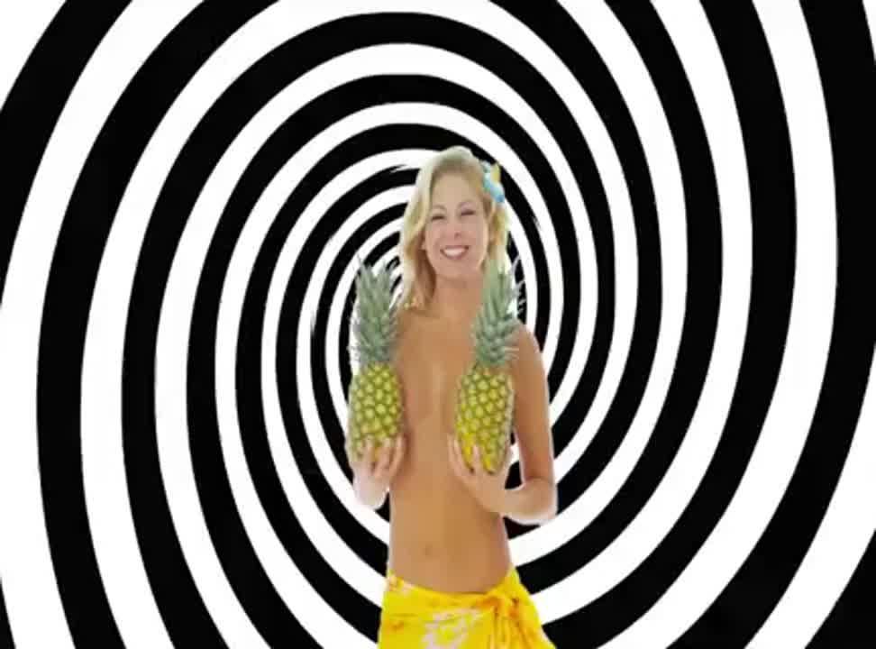 OleOle - reklama z nagimi modelkami