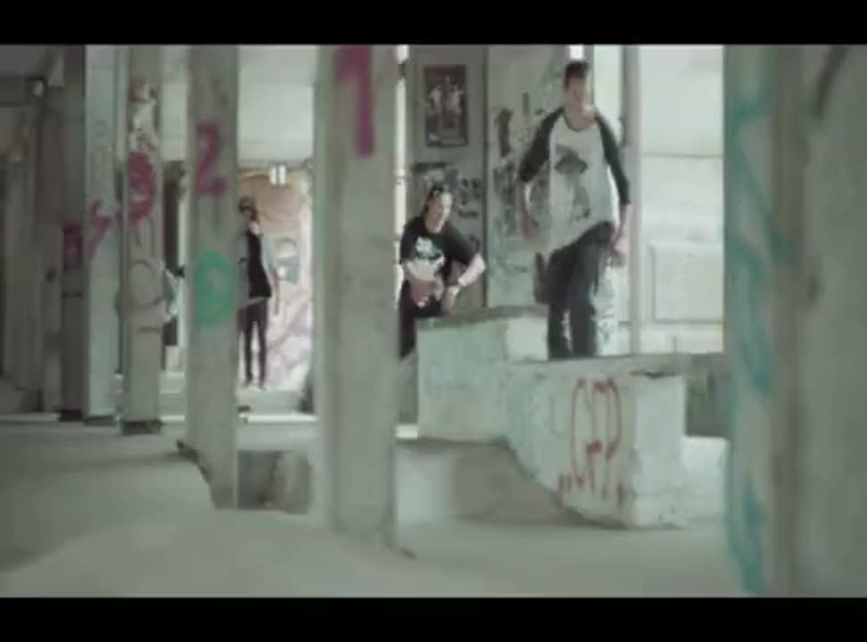 Chcę wszystko! - młodzi muzycy i sportowcy reklamują Virgin Mobile