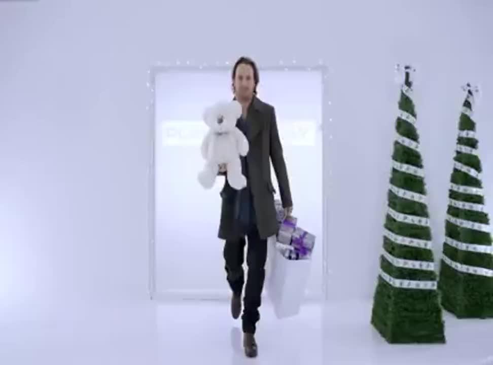 Paweł Małaszyński w bożonarodzeniowej reklamie Play