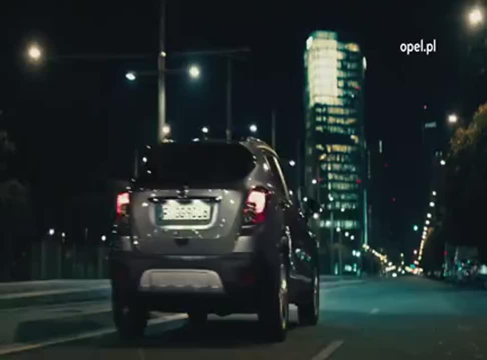 Opel Mokka - reklama z Claudią Schiffer