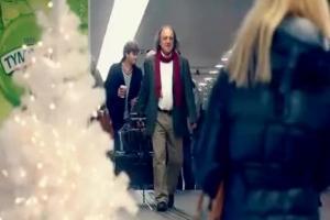 Kolęda na kieliszkach bożonarodzeniowo reklamuje Tymbark