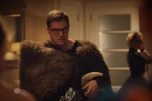 """""""Rodzinka.pl"""" z karnawałową playlistą reklamuje wyprzedaż smartfonów w Orange"""