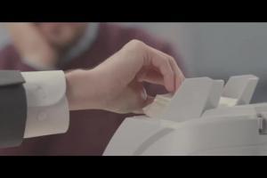 Kredyt gotówkowy w BZ WBK - reklama z Arkadiuszem Jakubikiem i Iwoną Wszołkówną