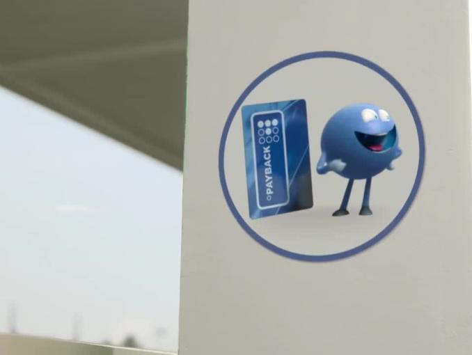 Payback z punkciakami reklamuje nagrody 4F na stacjach BP