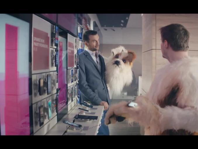 "Jump Family w T-Mobile - reklama z Tomaszem Kotem i ""psem"""
