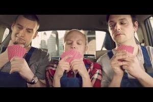 Tomasz Karolak reklamuje internet samochodowy w Orange dla Firm