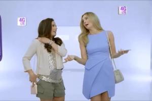 Anna Mucha i Małgorzata Socha reklamują Formułę Rodzina Smartfon Unlimited w Play