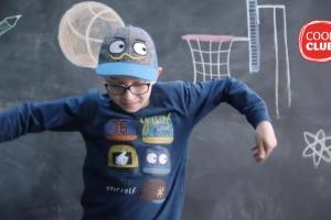 Smyk reklamuje odzież Cool Club na powrót do szkoły