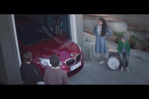 """""""Witamy w rodzinie"""" - dziecięcy zespół reklamuje BMW serii 2 Gran Tourer"""