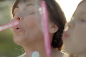 Ilona Wrońska reklamuje serum Bioliq