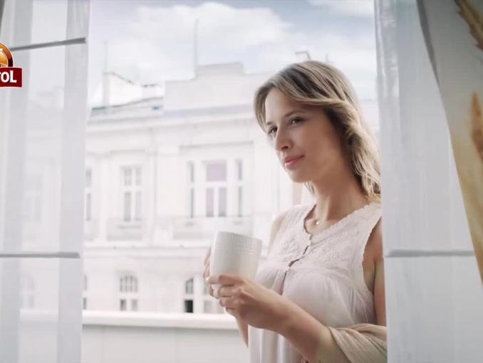 """Kawa Anatol Delecta reklamowana jako """"klasyka poranka"""""""