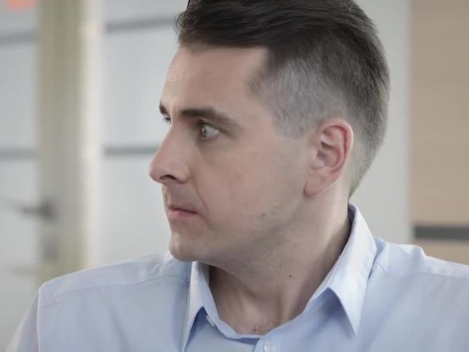 """Kabarety K2 i Babeczki z rodzynkiem reklamują Krispol jako """"gwarancję Twojego spokoju"""""""