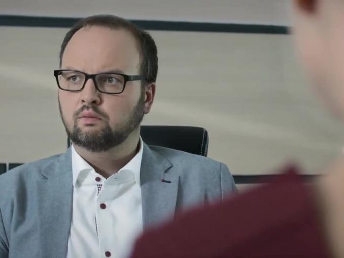 """Krispol reklamowany przez kabarety jako """"gwarancja Twojego spokoju"""""""