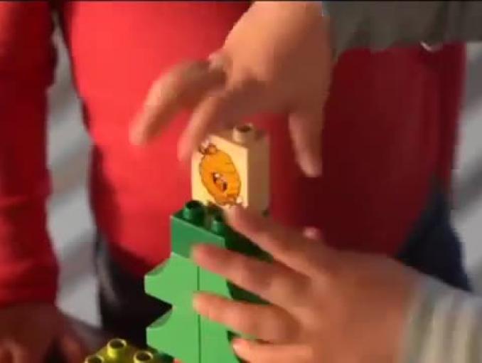 Dziecięce pomysły na superzabawę reklamują Lego Duplo
