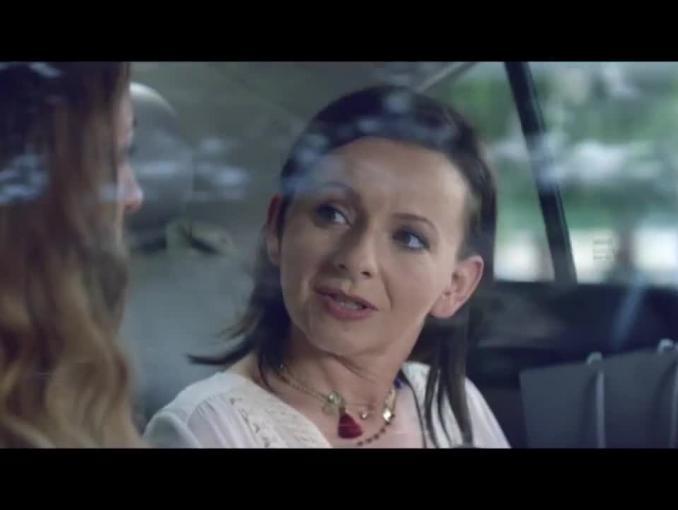 Agata Kulesza jako taksówkarka reklamuje konto oszczędnościowe