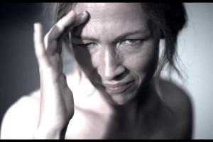 """Apap Extra reklamowany jako """"mądre leczenie migreny"""""""