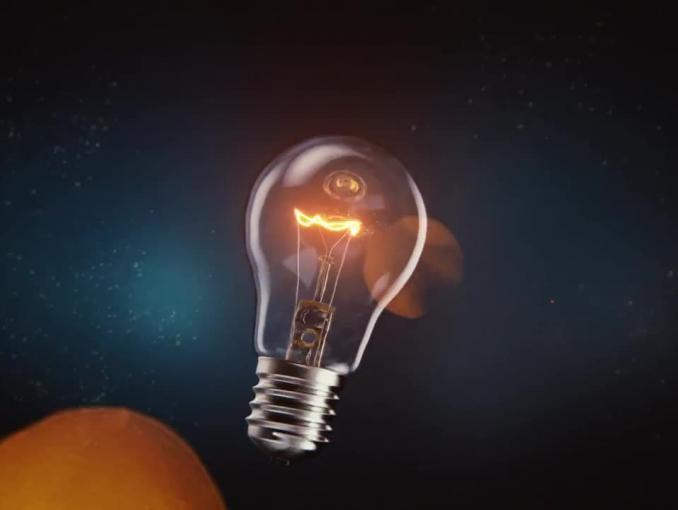 """PGE reklamuje """"prąd jak prąd, ale w stałej cenie"""""""