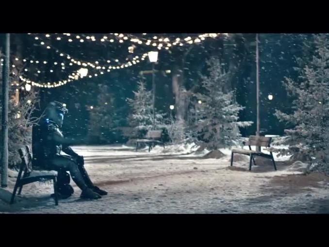 Zimowy Wargorr reklamuje Karmellove i Ptasie Mleczko od Wedla