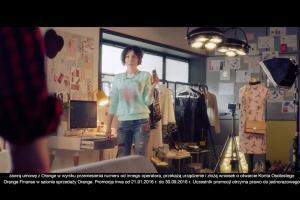 Olga Bołądź i Tomasz Schuchardt reklamują zwrot starych telefonów w Orange