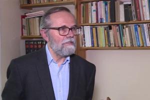 Ryszard Bugaj: Na obniżeniu ratingu stracą głównie posiadacze kredytów walutowych