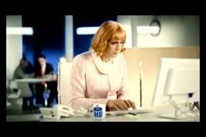 Szymon Majewski jako Krystyna w reklamie PKO BP (2)