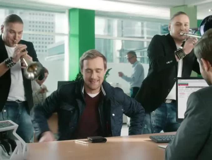 Bracia Golcowie reklamują BZ WBK