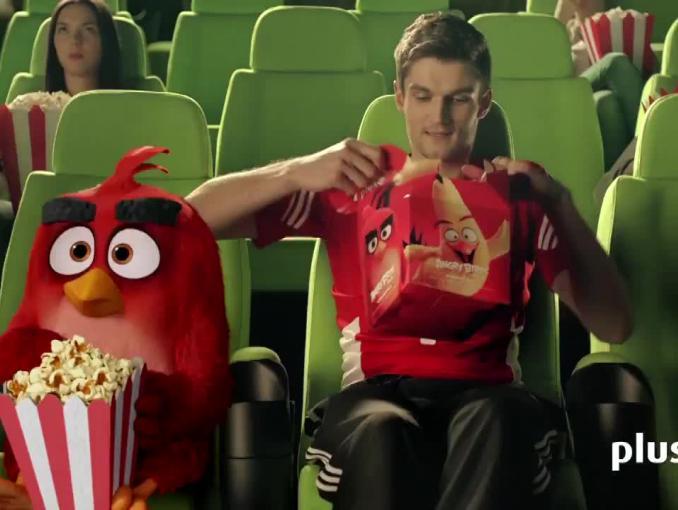 Karol Kłos i Angry Bird reklamują Ja+ Wściekły Zestaw w Plusie
