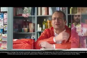 Piłkarz z T-Mobile w reklamie przechodzi do Orange na Kartę