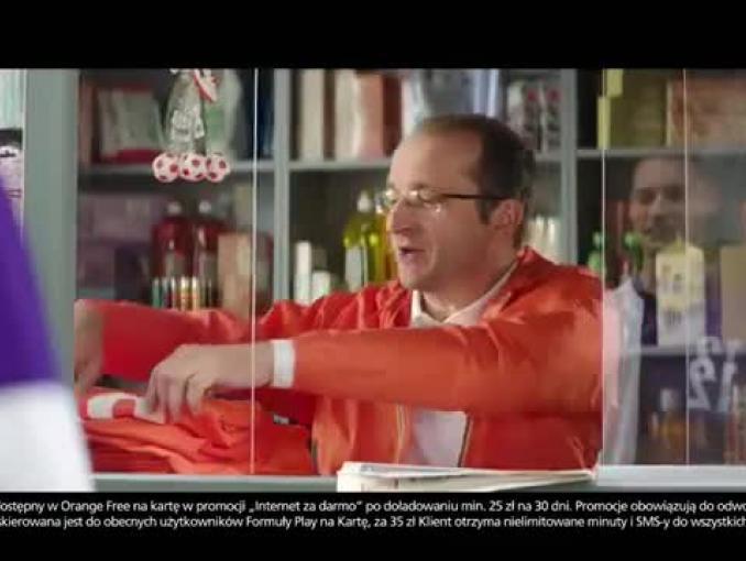 Gwiazdorzenie piłkarza z Play w reklamie Orange na Kartę