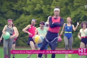 "Tomasz Kot i Robert Lewandowski śpiewają ""Blurred Lines"" w reklamie T-Mobile"