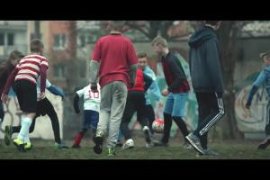 Szczęśliwe sznurówki dla polskich piłkarzy w kampanii Lotosu na Euro 2016