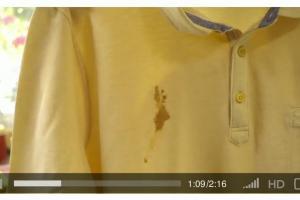 Rzuć wyzwanie wakacyjnym plamom - reklama Vanish Gold