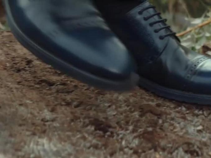 Barbara Kurdej-Szatan i Sebastian Karpiel-Bułecka w górskiej reklamie butów Wojas