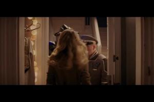 Wargorr wpada na babski wieczór w reklamie Wedlowskich Deserów