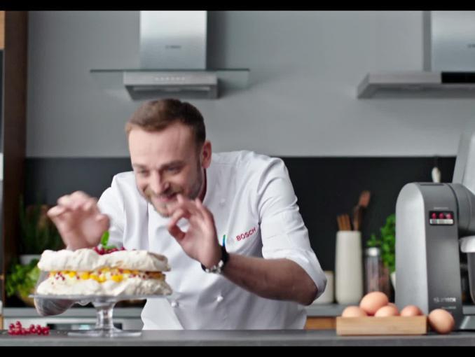 Mateusz Gessler w spocie robotów kuchennych Bosch