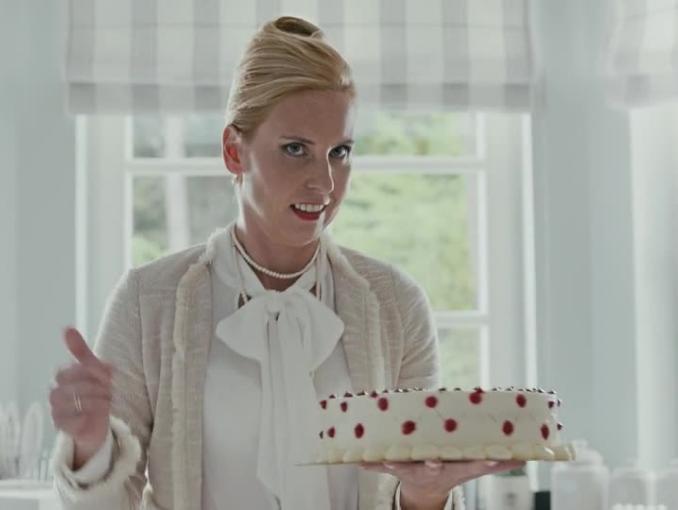 Media Markt - reklama na 18. urodziny