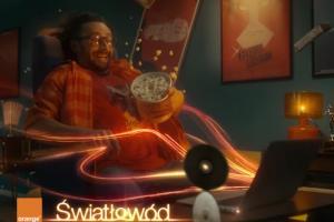 """""""Nowy wymiar internetu"""" promuje Orange Światłowód"""