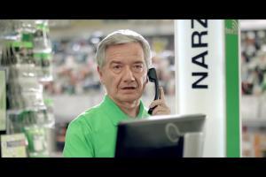 Adam Nawałka kibicuje bohaterom domu w reklamie Leroy Merlin