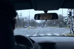"""""""…nie odchodź, żyj!"""" - spot o bezpieczeństwie pieszych na drogach"""