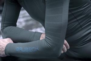 Tomasz Sikora reklamuje odzież termoaktywną Brubeck