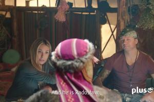 Małgorzata Rozenek-Majdan i Radosław Majdan w reklamie Plusa u szamana Szymona Majewskiego