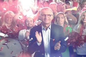Adam Nawałka reklamuje urodzinową loterię Leroy Merlin