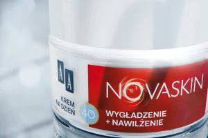 Kinga Preis promuje kremy przeciwzmarszczkowe marki AA - NovaSkin