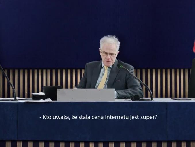 Głosowanie nad ceną internetu w reklamie Netii